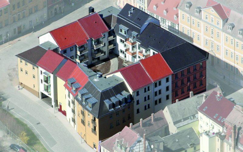 Innenhof auf Ebene +1, Zugang zu den Wohnungen.